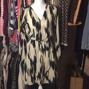 Wrap look dress, long sleeve, elastic waist Small